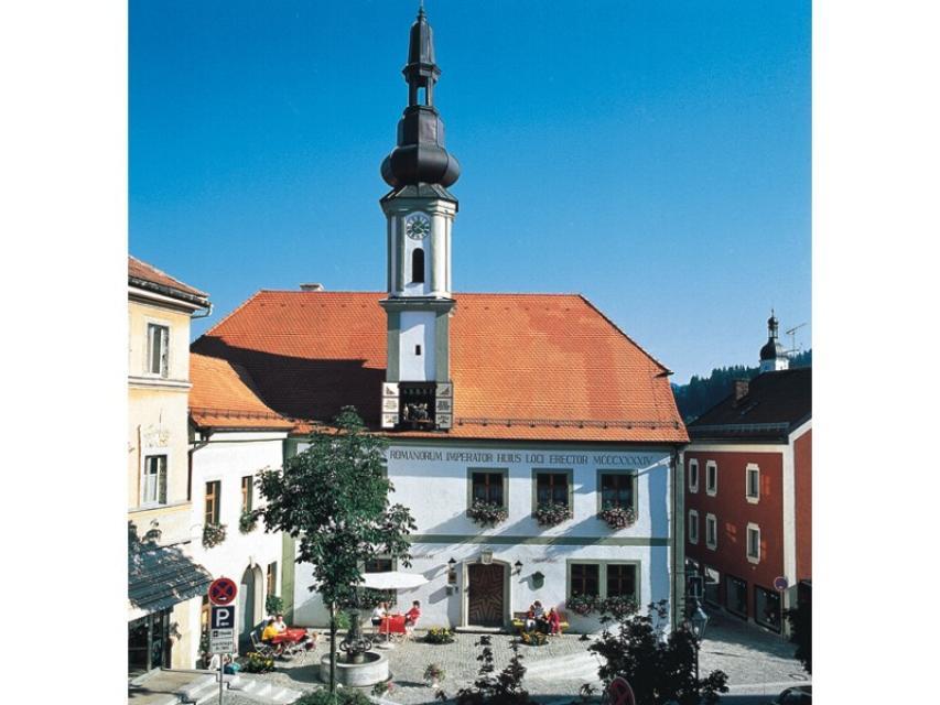 Altes Rathaus mit Glockenspiel