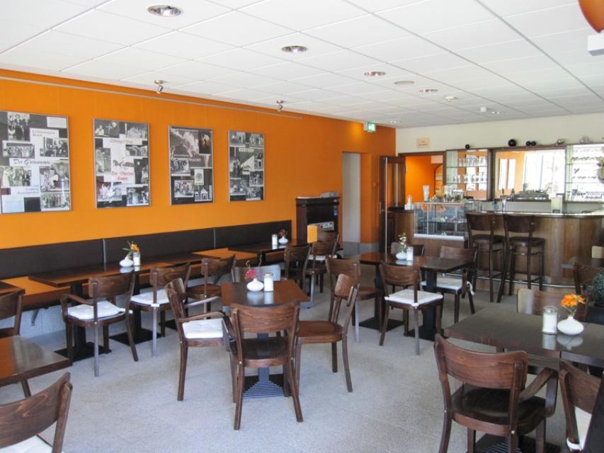 H2O Cafe-Restaurant