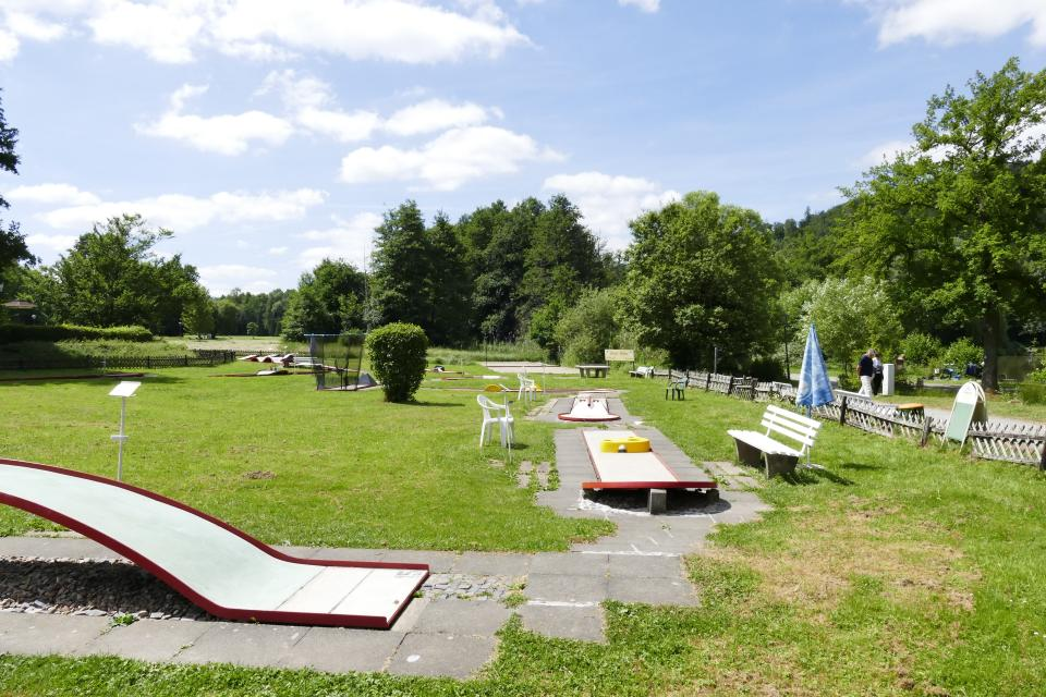 Minigolf im Kurpark Bad Koenig