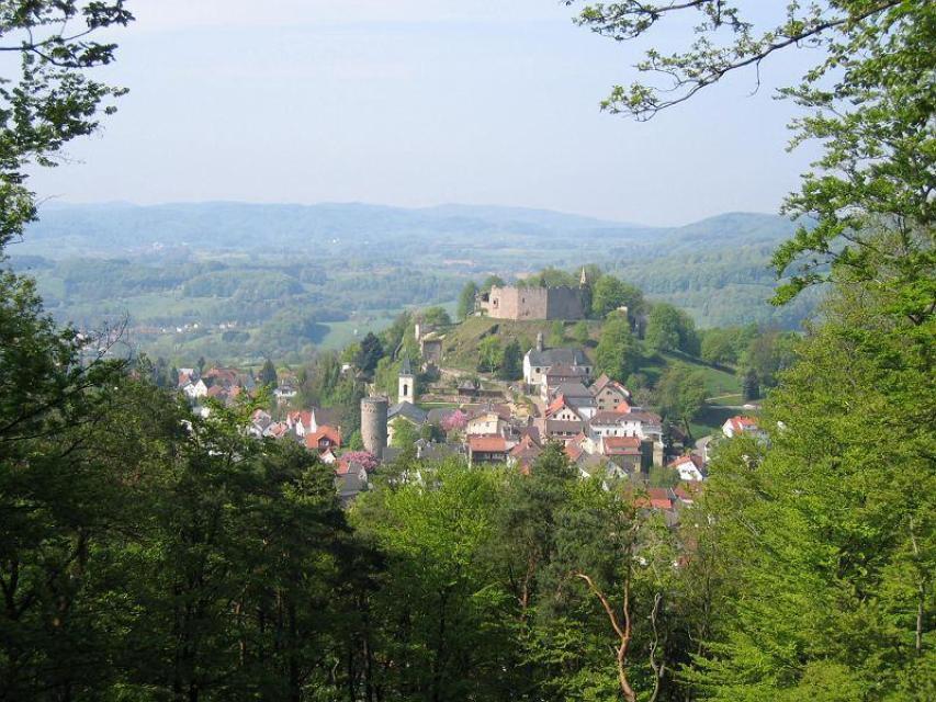 Entlang unserer Strecke bieten sich immer wieder herrliche Ausblicke ins Tal.