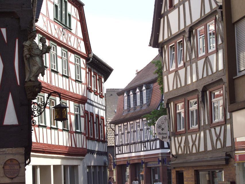 Die Tourist Information befindet sich in der malerischen Altstadt Bensheims