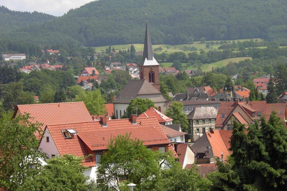 Blick auf den Ortskern der Gemeinde Fürth