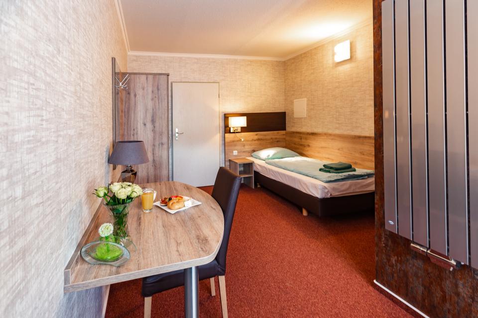 freundliche und moderne Zimmer