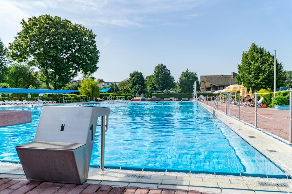 Auch für den Schwimmsport ist das Freibad Roßdorf bestens geeignet.