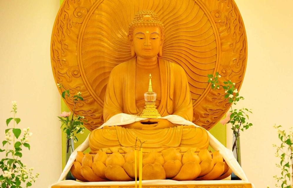 Buddha in der Buddhanhalle
