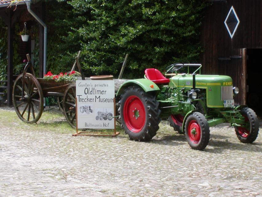 Oldtimer-Treckermuseum