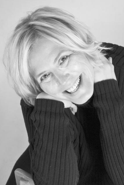 """Autorenlesung mit Anne Barns aus ihrem Roman """"Apfelkuchen am Meer"""""""