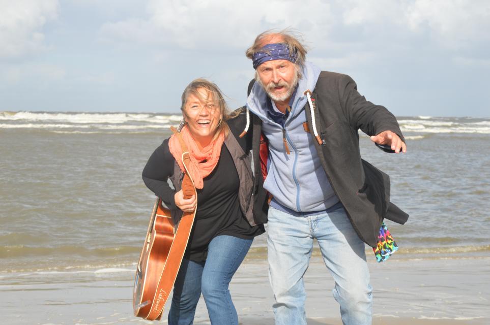 Krimilesung mit Klaus-Peter Wolf und Bettina Göschl