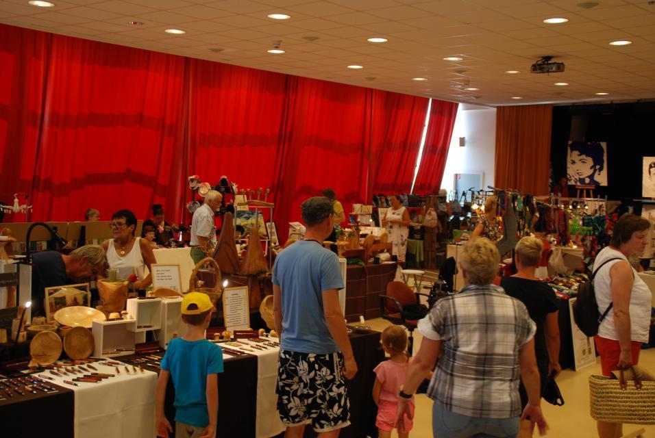 3. Kunsthandwerkermarkt in Bensersiel