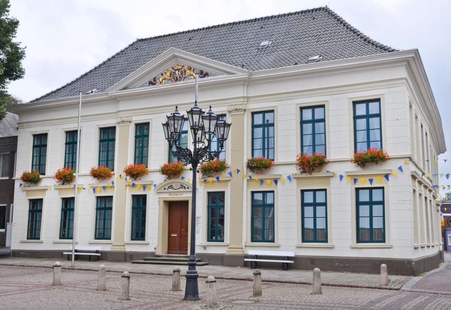Rathaus - Adalbert Oldewurtel