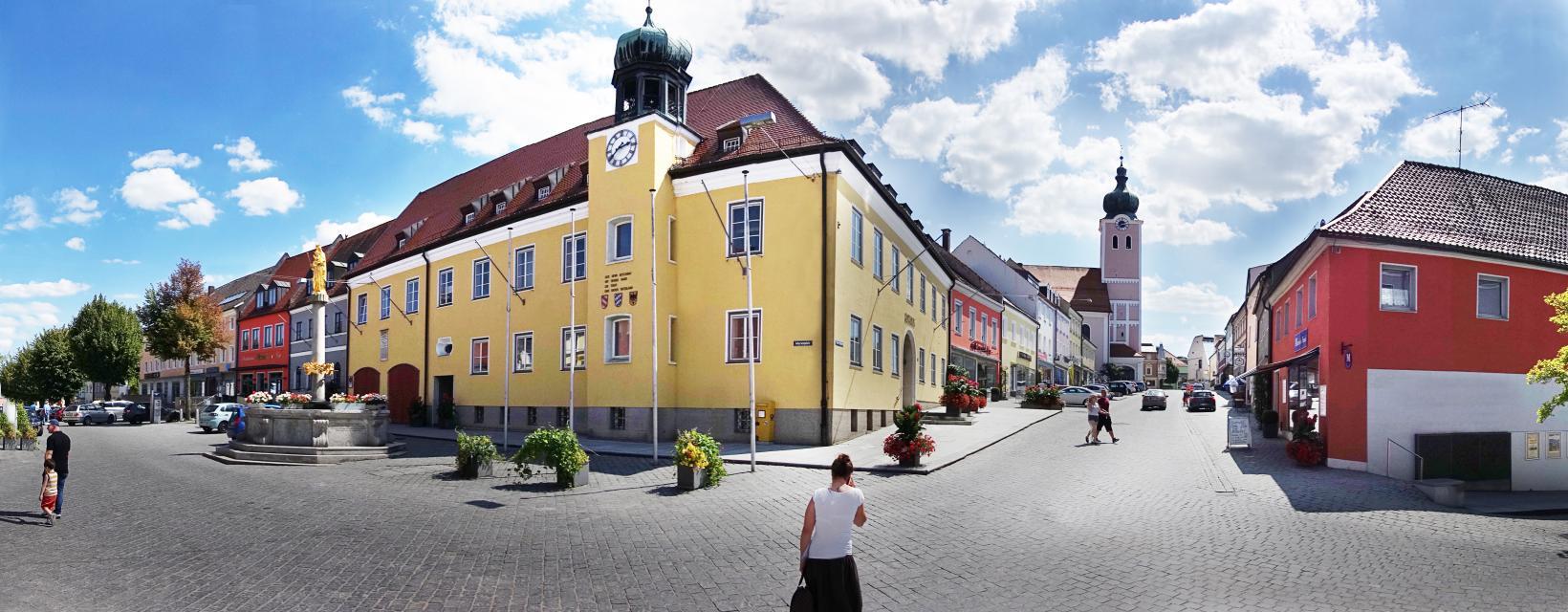 Stadtführung in Landau a.d.Isar mit Stadtarchivar Manfred Niedl Bierbrauer...