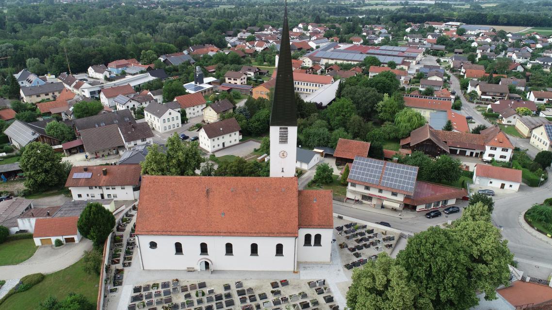 Kirche Mamming -