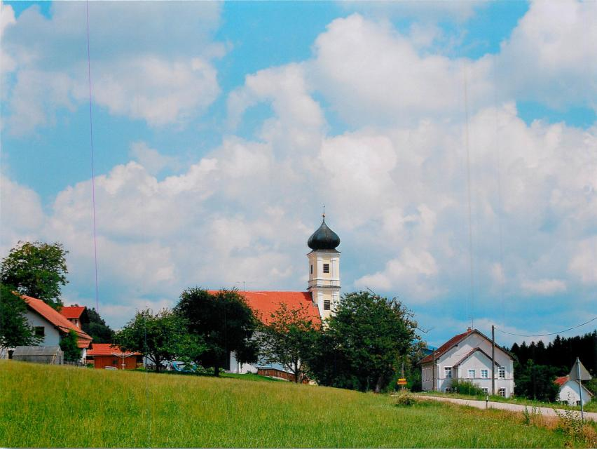 Wallfahrtskirche Weißenberg bei Schwarzach - null