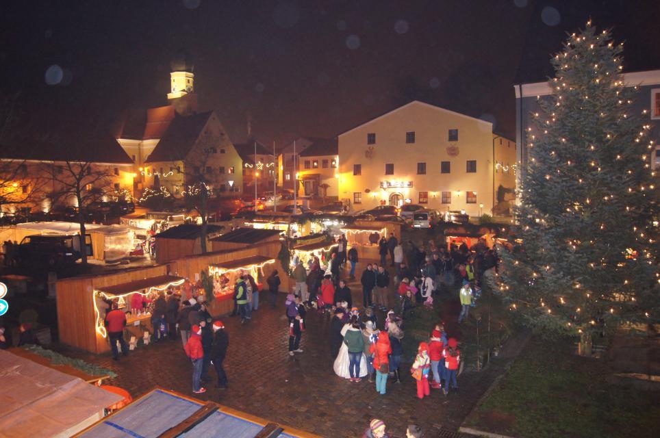 Weihnachtsmarkt in Schwarzach