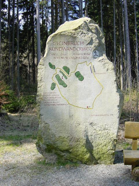 Steinbruchweg-Felsen
