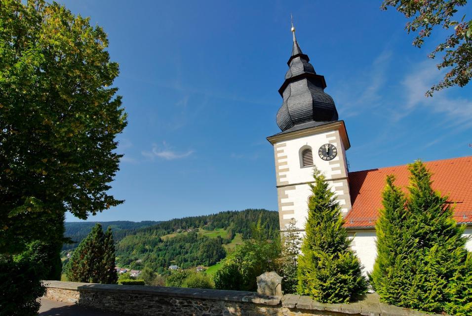 Kirche in Warmensteinach