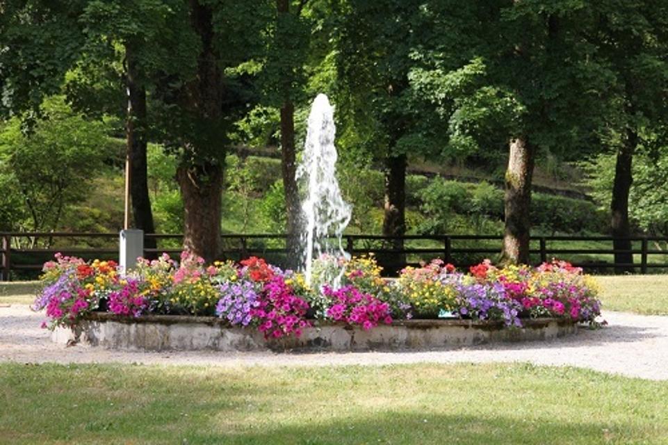 Springbrunnen im Kurpark von Bad Berneck