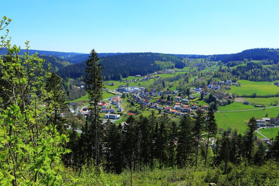 Blick vom Jägersteig auf Warmensteinach