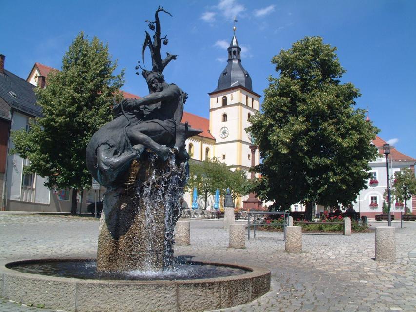 Stadt Mitterteich - Sagenbrunnen Schmied von Mitterteich