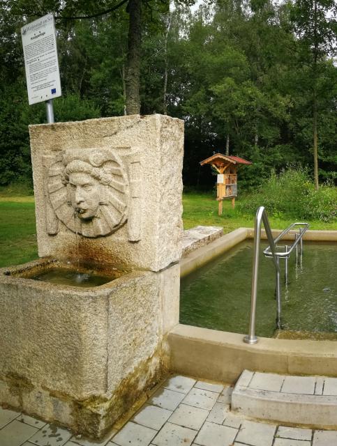 Wassertretanlage im historischen Kurpark Weißenstadt