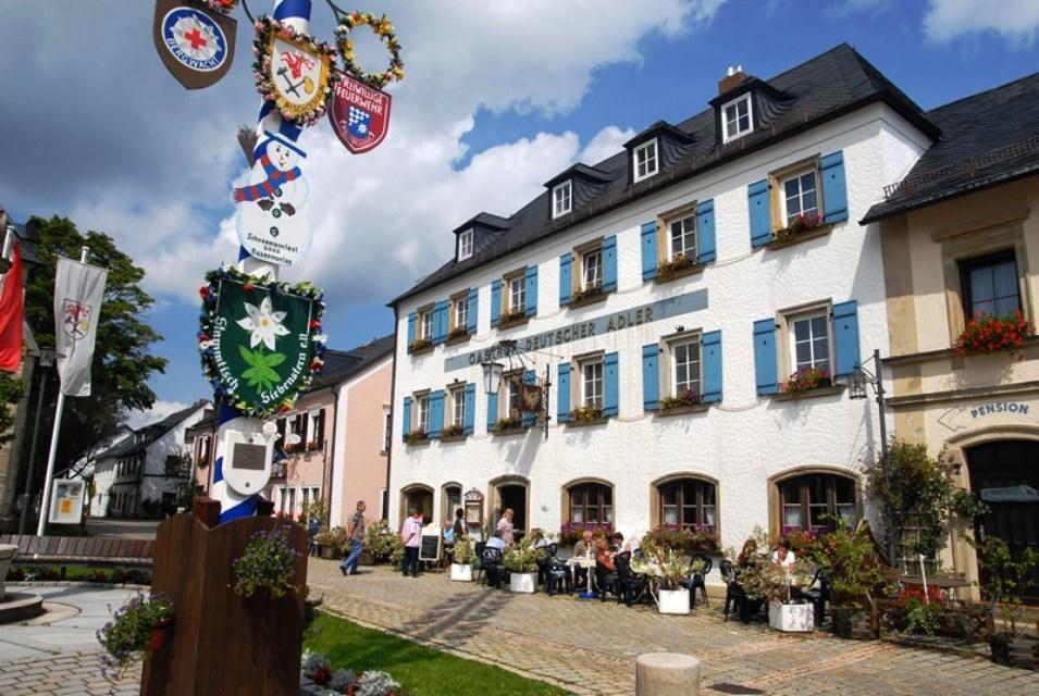 Puchtlers Deutscher Adler - Gasthof und Hotel