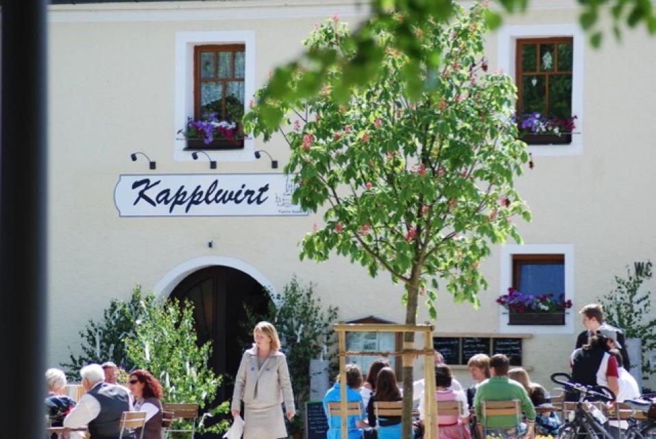 Terasse Kapplwirt-ein attraktives Ziel - Y. Rosner