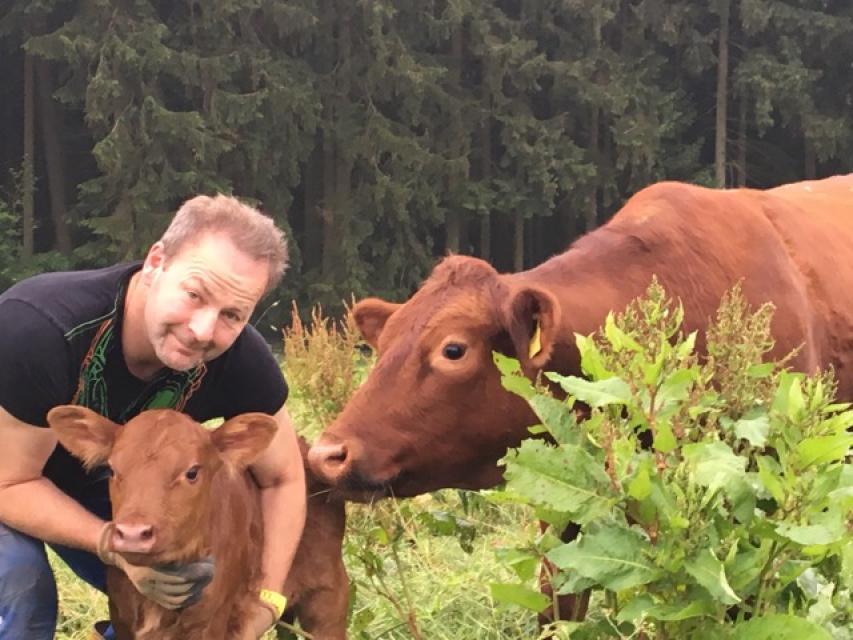 Nachhaltige und Naturverbundene Mutterkuhhaltung - Y. Rosner