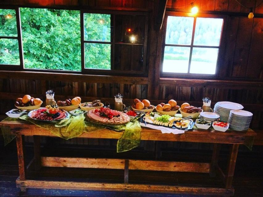 Gaststätte Panzen - Buffet - Familie Tragl