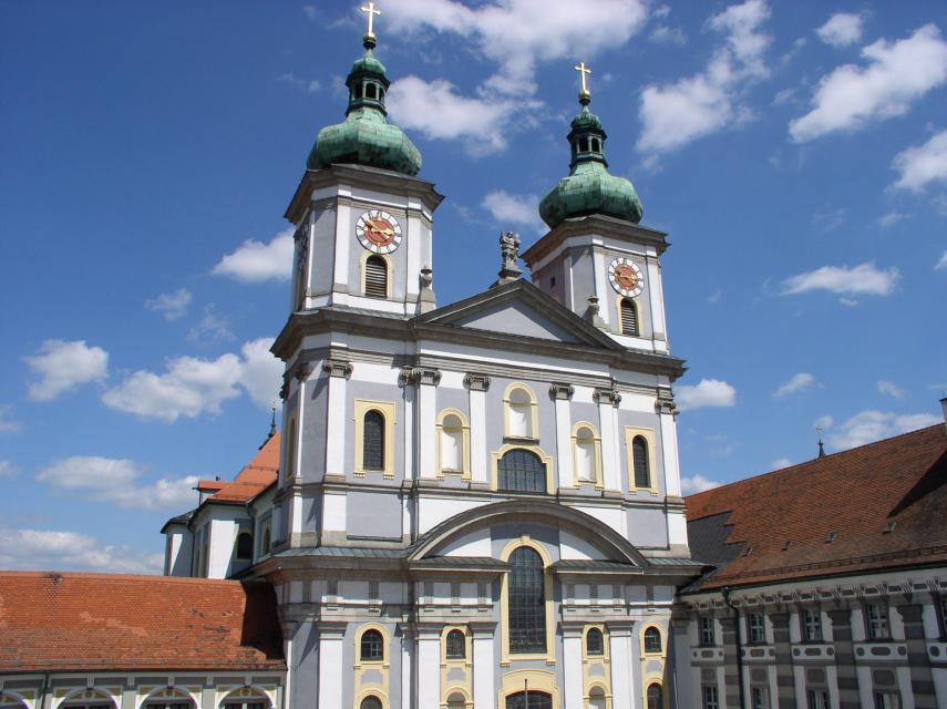 Stiftsbasilika St. Johannes Evangelist