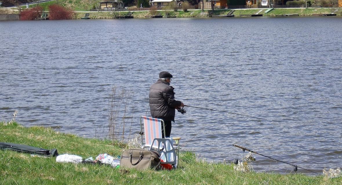 Angeln und Kartenausgabestelle - Fischereigemeinschaft Weidenberg