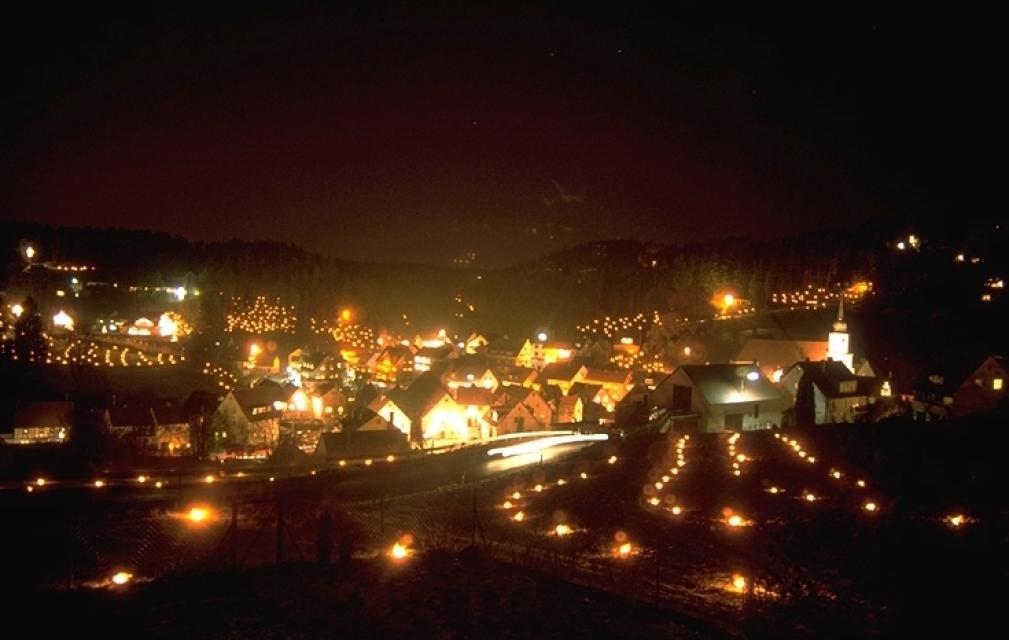 Ewige Anbetung Lichterprozession Obertrubach