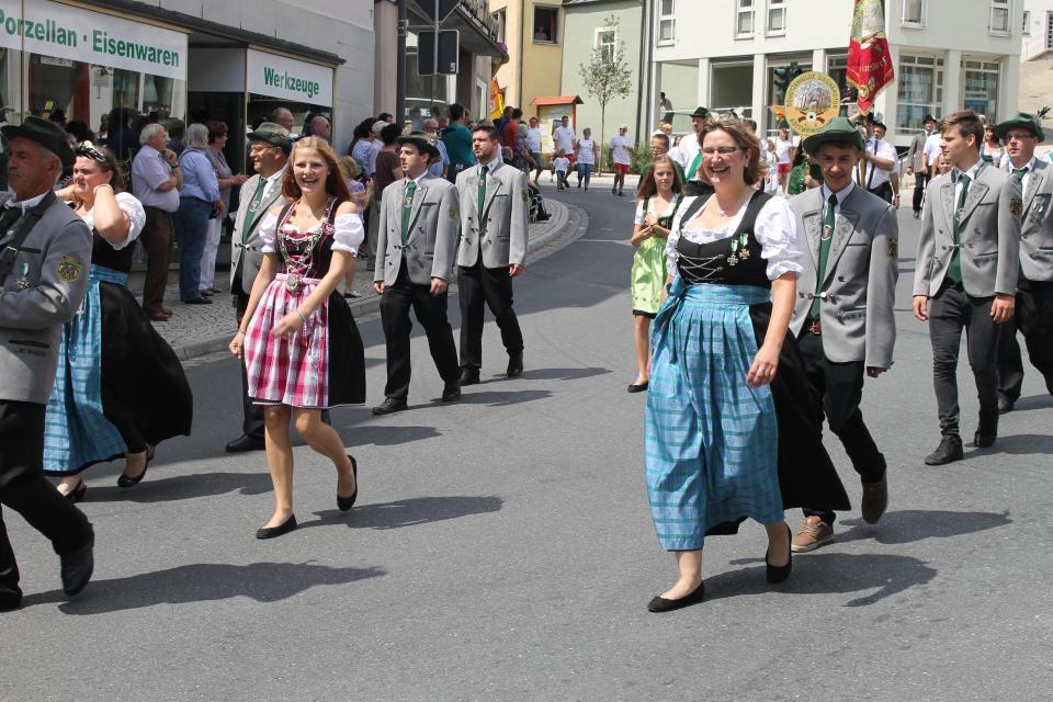 Schützen- und Volksfest in Hollfeld
