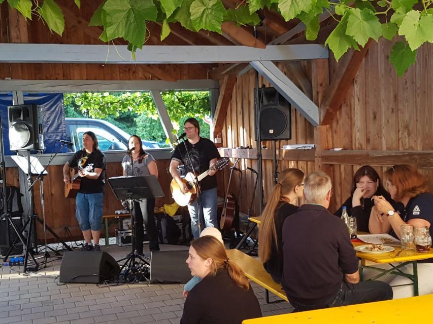 4. Hofkerwa bei Zeissler Event in Unterzaunsbach