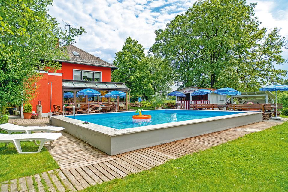 Familienhotel Friedrichshof GmbH