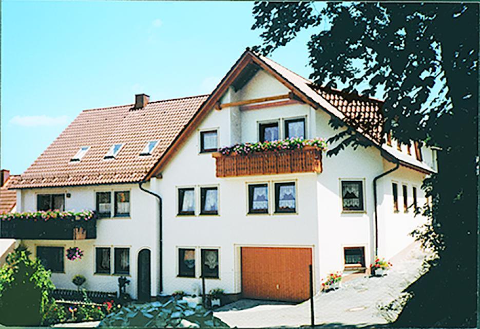 Ferienwohnungen Adelhardt
