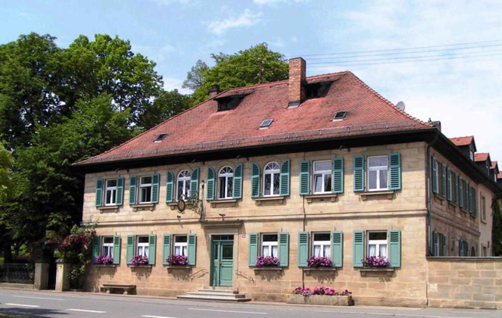 - Gasthof Schiller Wernsdorf