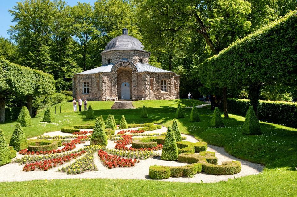 Morgenländischer Bau & Felsengarten in Sanspareil