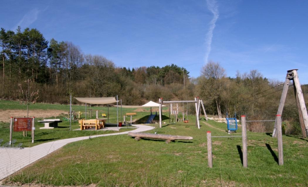 Mehrgenerationenspielplatz Obertrubach