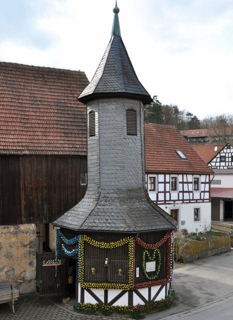 Osterbrunnen in Birkenreuth