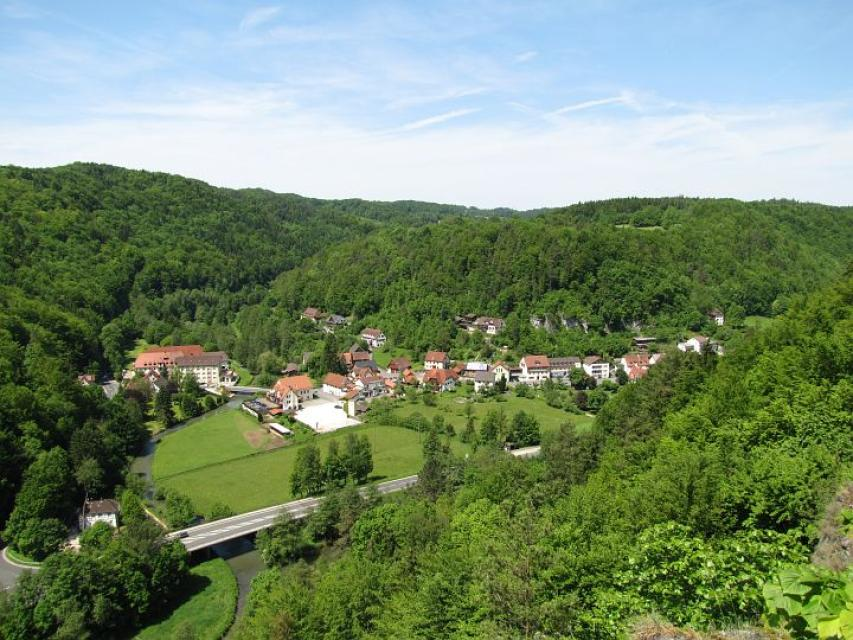 - Tourismusbüro Gößweinstein
