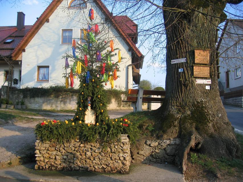 Osterbrunnen in Engelhardsberg