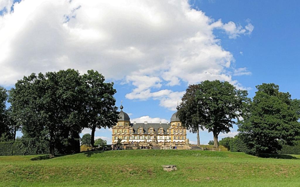 - Schloss Seehof bei Memmelsdorf