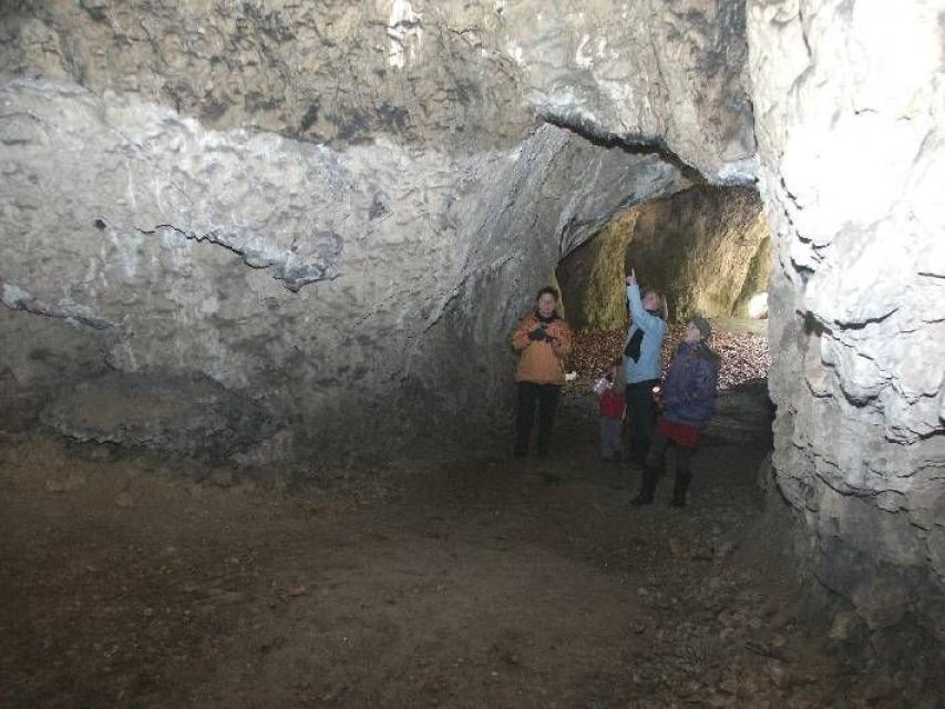 - Rohenlochhöhle