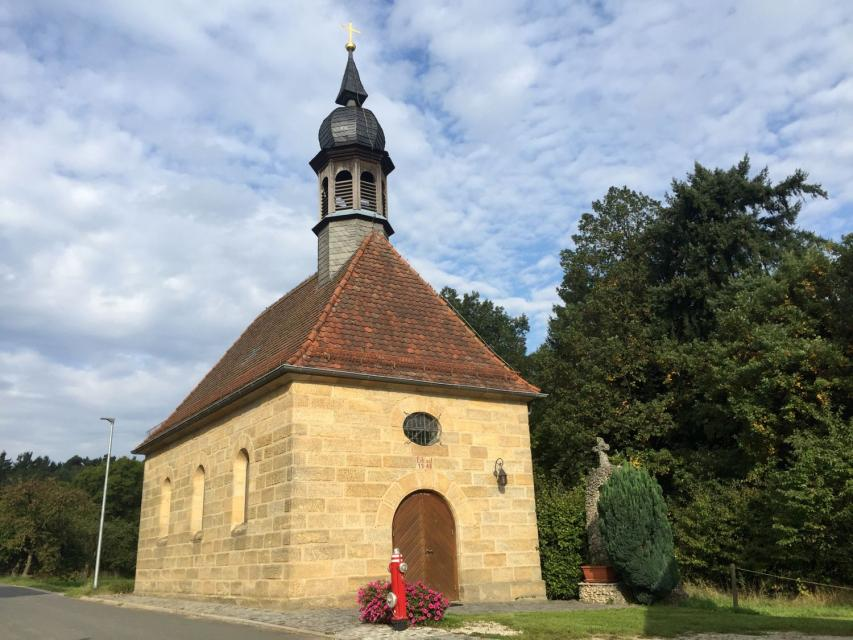 - Kirche Serlbach