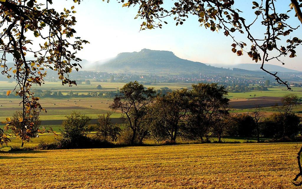 Auf den Spuren der Kelten: Wanderung zur Ehrenbürg