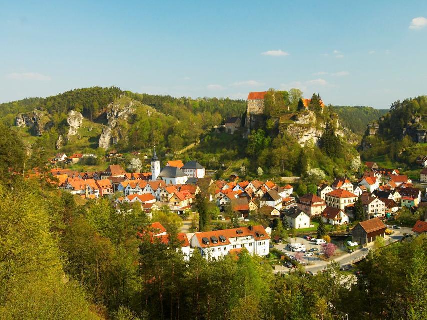 Pottenstein mit Burg
