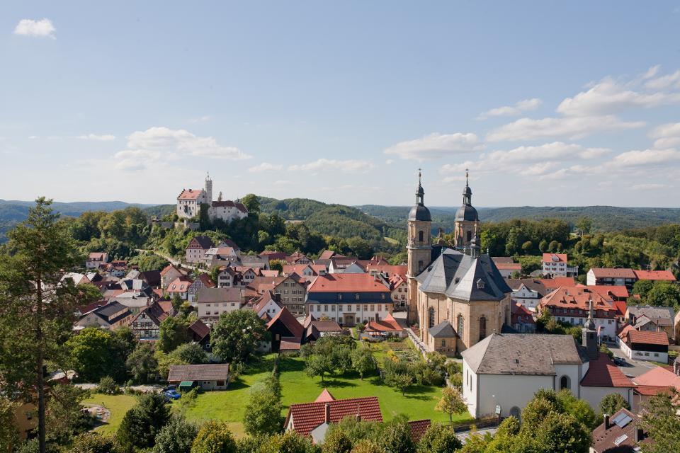 Blick auf Burg und Basilika Gößweinstein