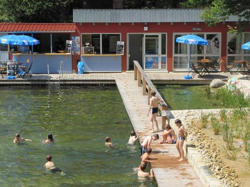 Hoehenschwimmbad Goessweinstein