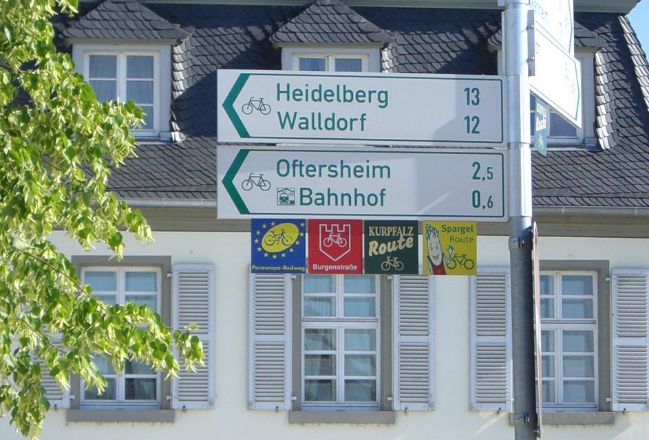 Radweg_Schild-in-Schwetzingen