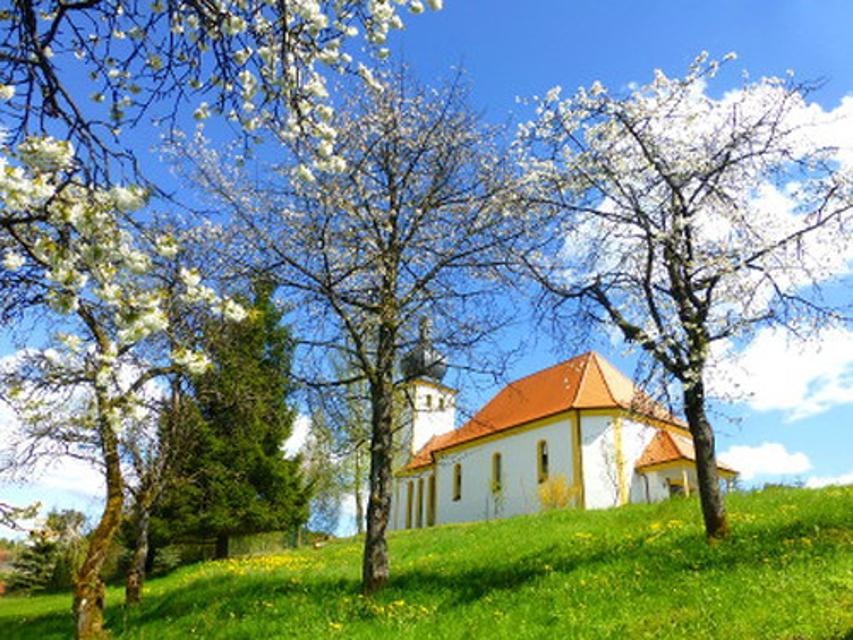 Blick auf Kirche Bärnfels
